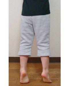 【お買い得セール】子供用 ひざ下丈スウェットパンツ【サンプル制作で使用したカット済み型紙】と作り方